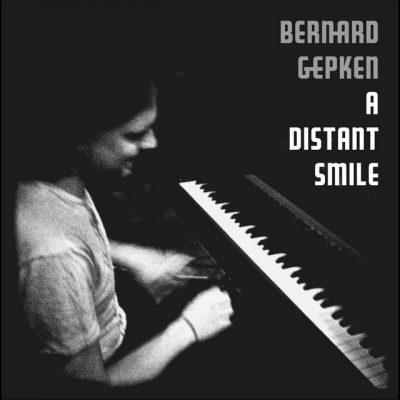 Bernard Gepken – A distant smile